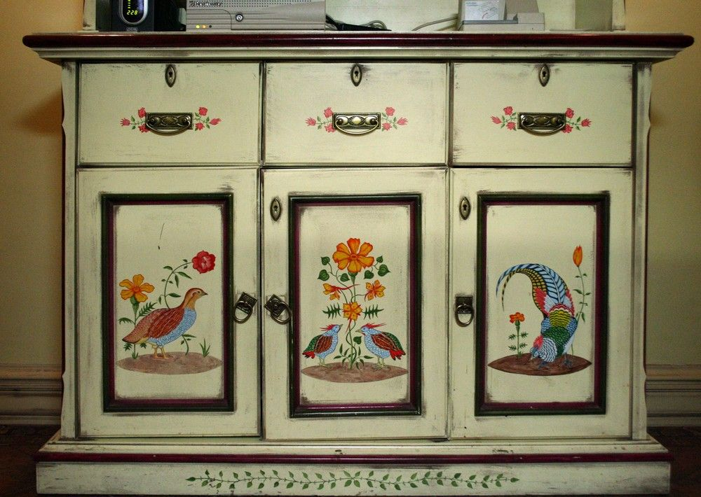 Роспись мебели в русском стиле